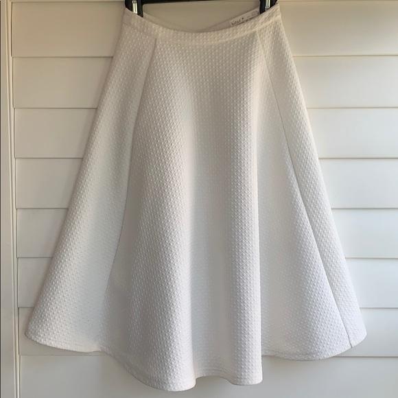 J.O.A. Dresses & Skirts - J.O.A White Textured Circle Skirt